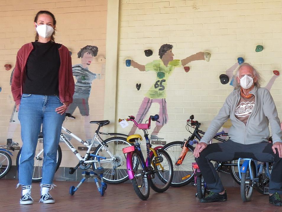 Eine erste Spende von Fahrrädern kam von der von der Fahrradwerkstatt für Geflüchtete in Schmelz. Foto: Diakonie Saar