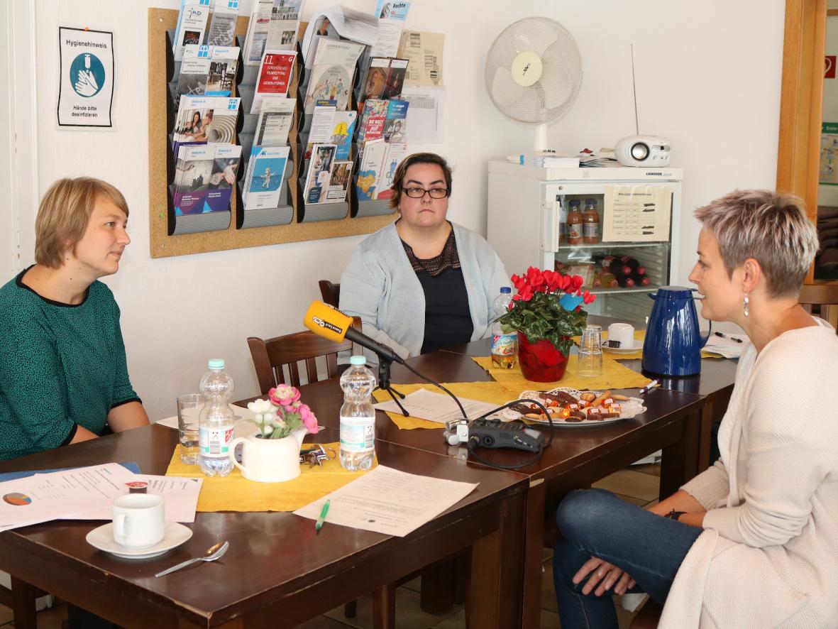 Bei einem Pressegespräch Ende September stellte die Diakonie Saar ihr Angebot vor. Fotos: Diakonie Saar/Stein