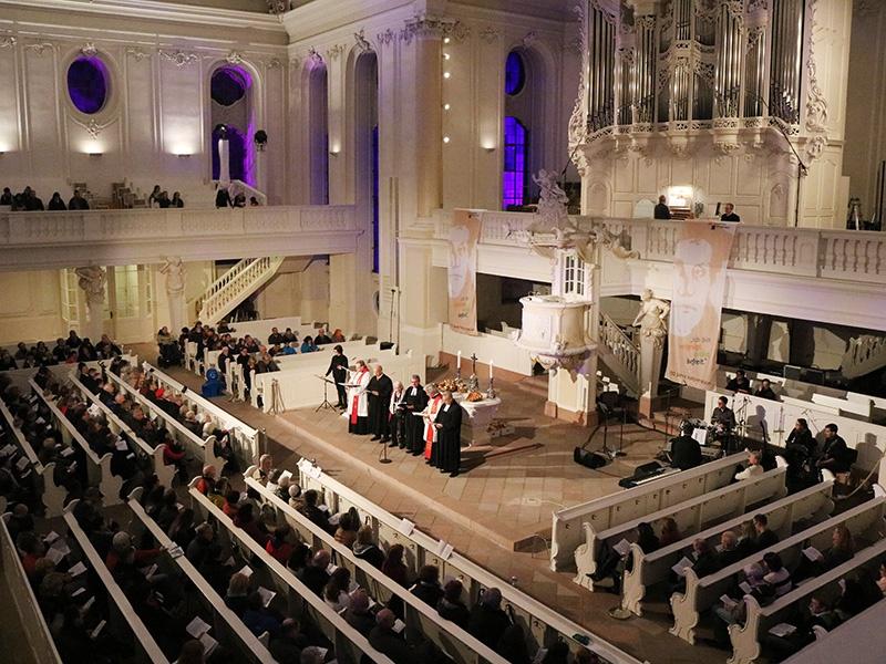 """Im Eröffnungsgottesdienst zur """"Nacht der Reformation"""" in der Ludwigskirche. Foto: evks/ Paulus"""