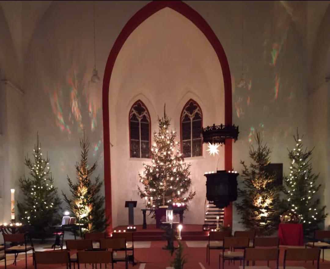 Unsere Kirche ist offen von 18 bis 20 Uhr