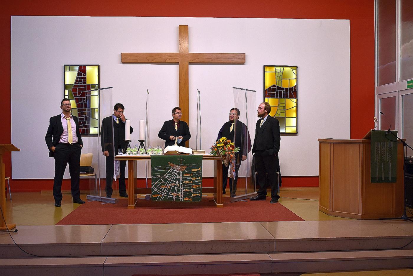 LaMannschar bei Konfirmation im Martin-Luther-Haus (Foto: U. Schmidt)