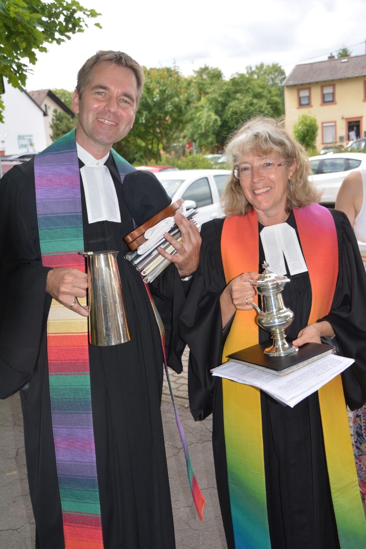 Pfarrerin Jutta Seibert und Pfarrer Uwe Lorenzen