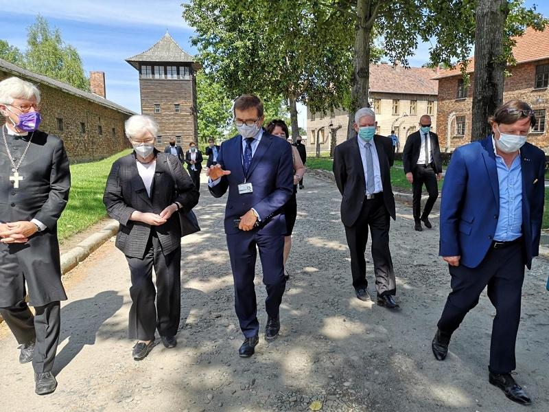Die Gruppe im Stammlager Auschwitz, Fotos: EKD