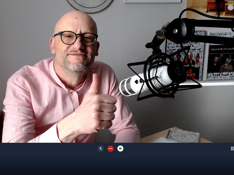 Pfarrer Jörg Metzinger 'on air', Foto: Kgm. Schafbrücke