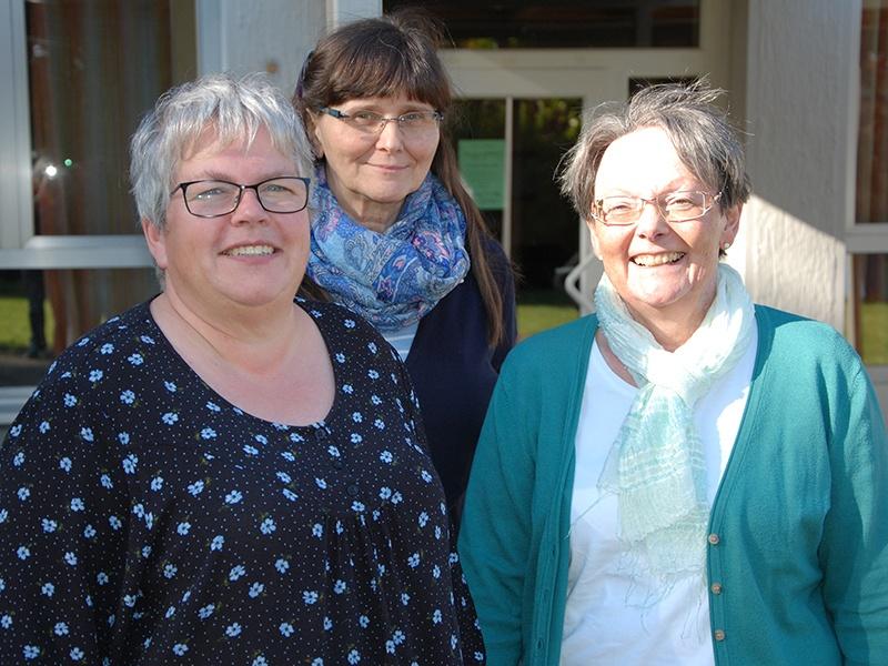Der Der Vorstand will einen engen Kontakt zu den Gruppen in den Kirchengemeinden  pflegen: (v.l.n.r.) Petra Schmidt, Doris Siebert und Gudrun Schreiber. Foto: Andrea Reinmann
