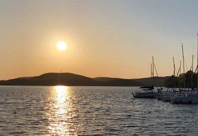 Sonnenaufgang über dem Bostalsee, Foto: U. Hammer