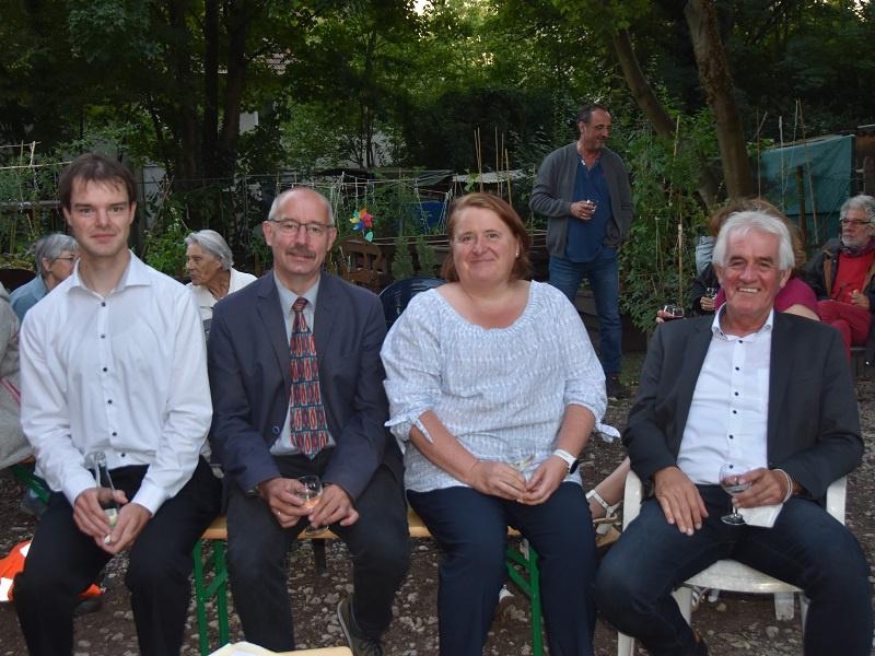 Johannes Achenbacher (SELK), Joachim Hipfel (Freie evangelische Gemeinde), Dr. Pascale Jung (katholisch) und Wolfgang Guckenbiel (Neuapostolische Kirche) wirkten mit