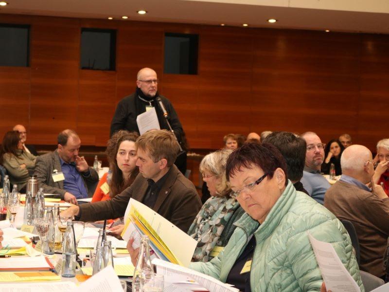 Die Synodalen diskutierten über den Bericht von Superintendent Christian Weyer. Foto: evks/ Paulus