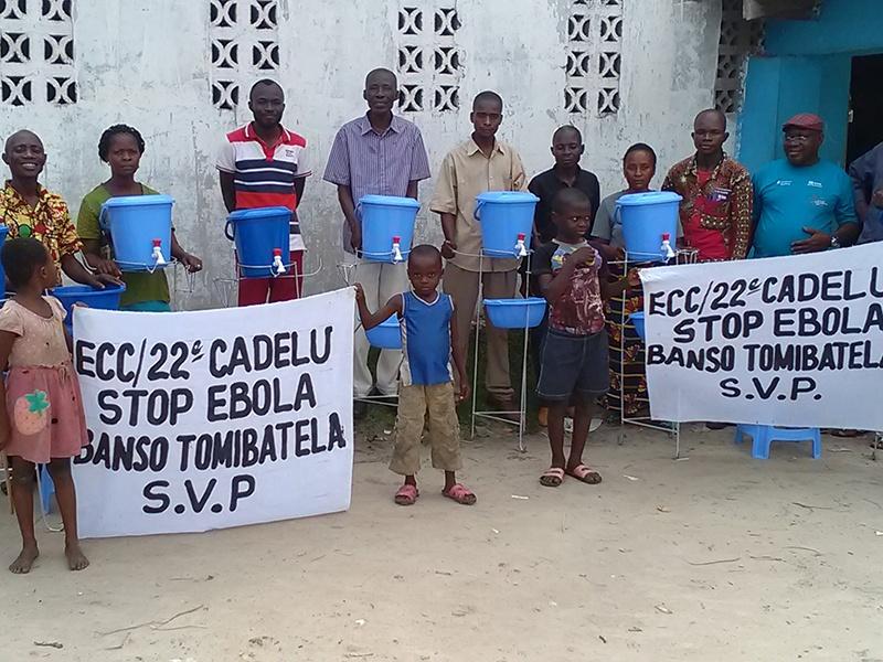 Mit Spenden aus Deutschland konnten Hygieneschulungen zur Bekämpfung der Ebola-Epidemie finanziert werden. Foto: Jean Dennis Bokombe/ VEM