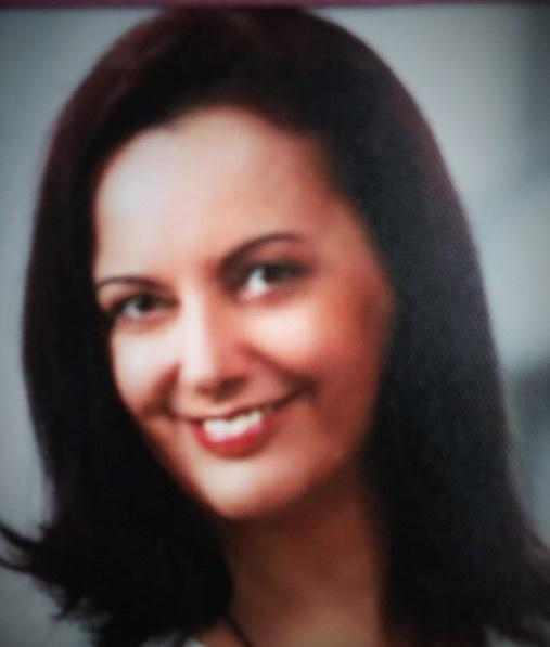 Nicole Theobald